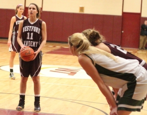 Catherine Sennott had a steal and made a free throw late in the game