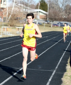 Nick Carleo cruises in the one mile