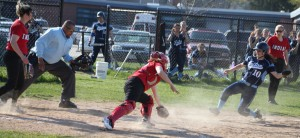 Alexa Reilly about to score on a very close play