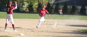 John Pesci reaches third as Tommy Connors single heads for centerfielder Ian Michaels