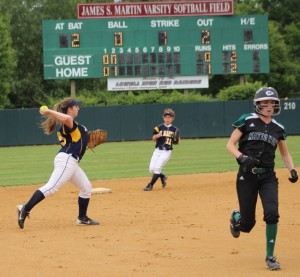 Two-base throwing error allows Julia Graf to score
