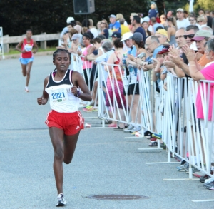 Meseret Kitata takes the female division with Aimaz Fekade in sight behind her.