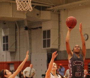 Makayla Everette (10 points) gets inside