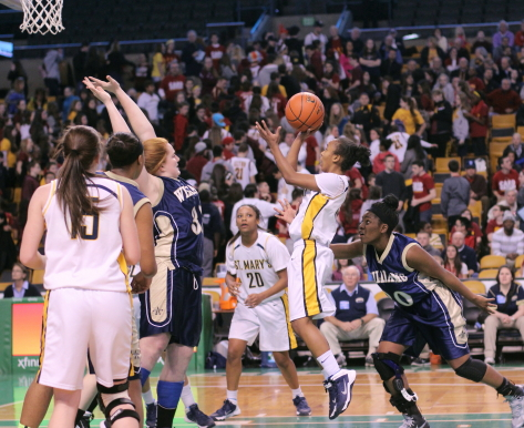 Sharell Sanders gets open in the lane for game winner after pass from Brianna Rudolph