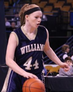 Sophomore Victoria Dean
