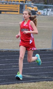 Hailee Gibadlo cruises in 2 mile
