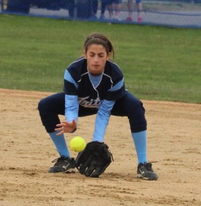 Kylie Gilroy fields a grounder