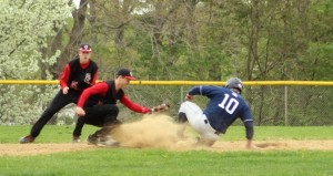 Jake Rourke steals second