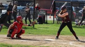 Shelby OBrien bats
