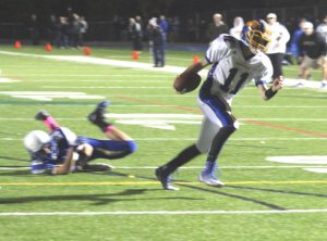 Johnny Roscigno finds the end zone