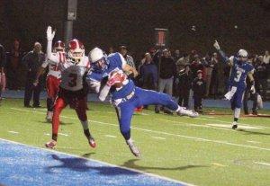 Julian Dunn gets his 49th touchdown reception