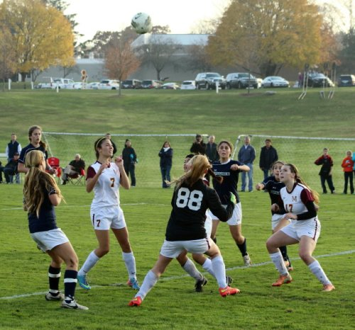 Hannah Lejeune (behind 17) about to slip in and head home the second Pingree goal