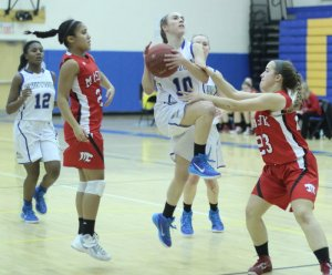Sarah Lynch (10) goes down the lane
