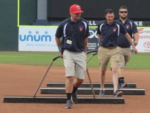 infield grounds crew