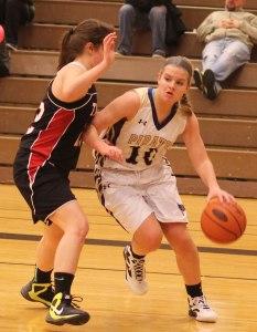 Katie King goes baseline