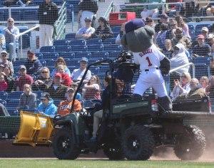 Slugger plows past the fans