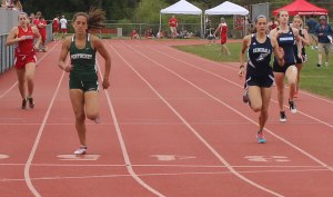 Carolyn Modlish (Pentucket), Julia Koenig (Hamilton-Wenham) - 400 meters