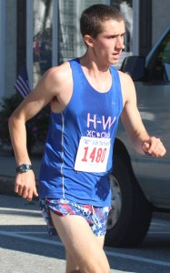 Dan Allara of Hamilton-Wenham finished 17th
