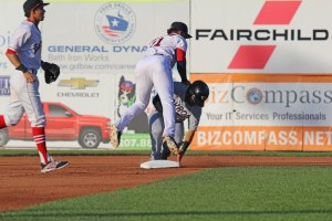 2B Yoan Moncada finishes a DP throw to first