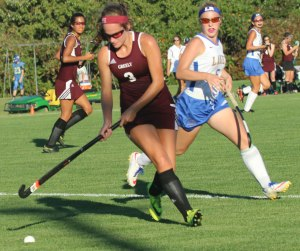 Maddy Perfetti (2 goals) on the move