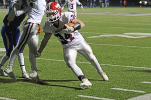 Masuk's Jack Roberge finds the end zone