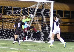 Clippers GK Jen Stuart makes a save
