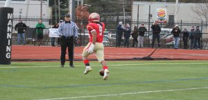 Marven Fedna leaves the ball in the end zone after going in untouched